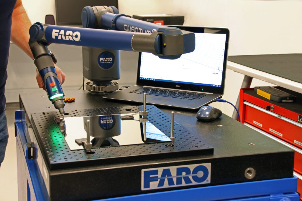 Aviation Glass mirrors measurement with ScanArm